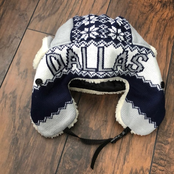 b22c4f9c6fb Dallas Cowboys winter hat 🦋 NEW 🦋 3 for  12